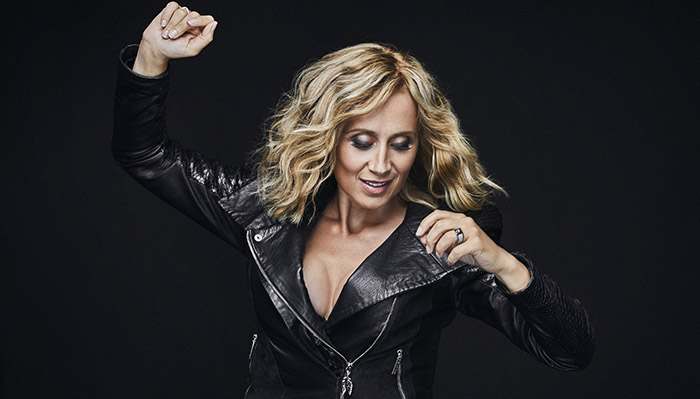 Лара Фабиан ще представи новия си албум в България през декември 2019 г.