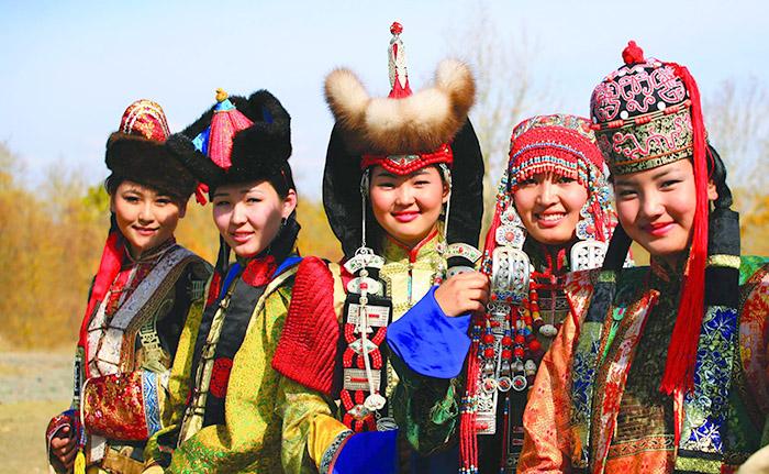 Фестивалът на азиатската култура представя монголска мода