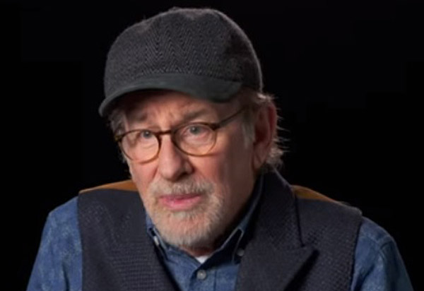Стивън Спилбърг: Чувствам се по-удобно, когато сюжетът е съавтор на филмите ми
