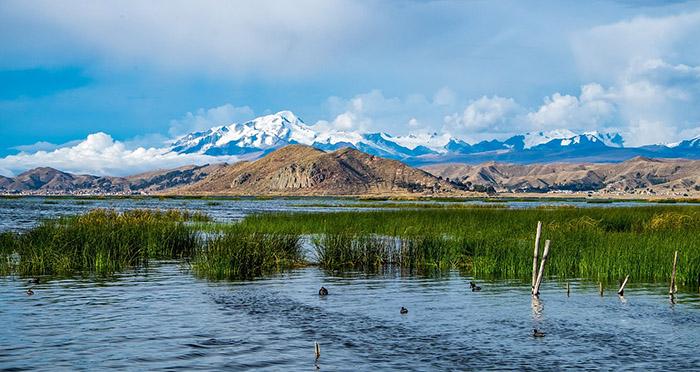 Боливия ще строи музей под водите на езерото Титикака