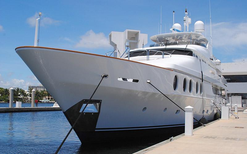 Яхтата на Тито става музей и хотел